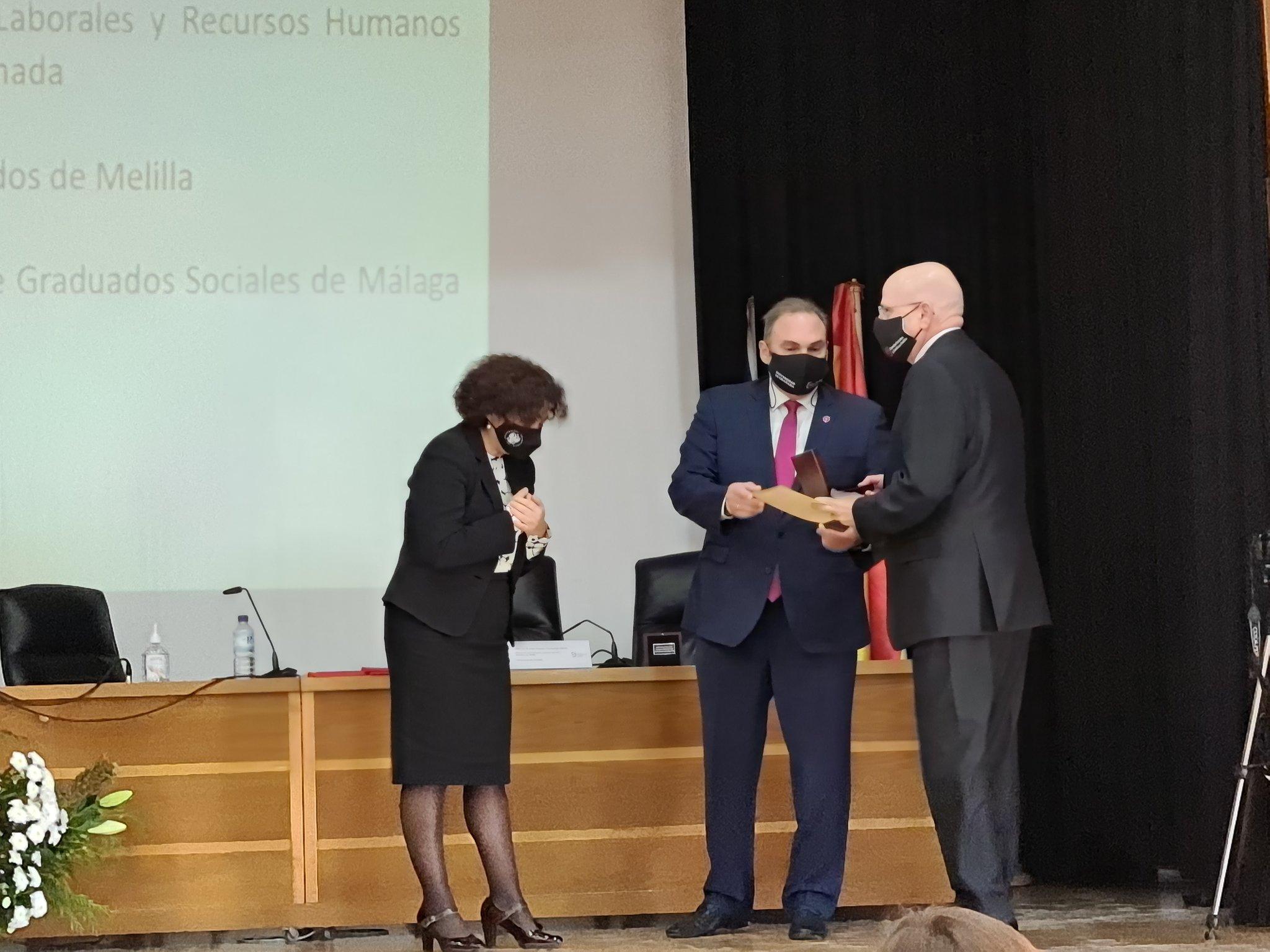 medalla-de-oro-colegio-de-abogados-melilla