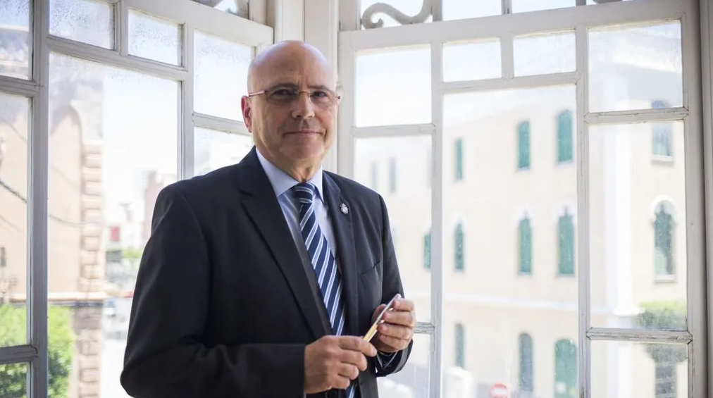Blas Jesús Imbroda es entrevistado por NIUS sobre el uso de los menas en política